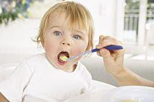 宝宝辅食最好从泥状的食物开始添加